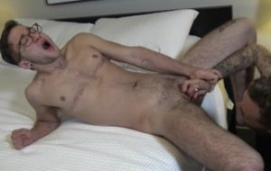 MyFTMCrush – Bearded stud toys with Ari Koyote's head after oral